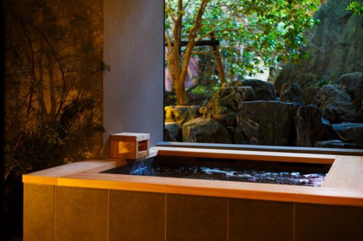 露天風呂付きふたり室「蕾」